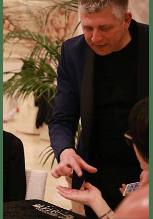 cena aziendale Mago Massini prestigiatore illusionista