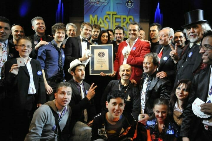 Guinness World Record Prestigiatori in scena